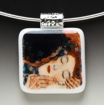 "#61 ""The Kiss"" Pendant"