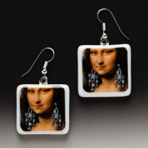 #61 Mona Lisa with Earrings – Earrings